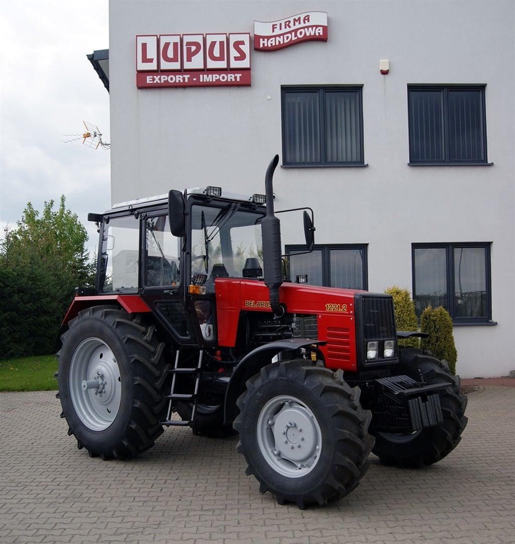 Ciągnik Belarus 1221