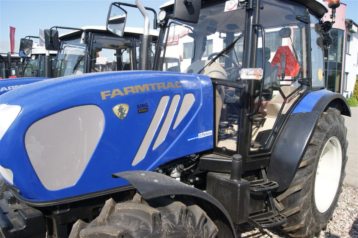 Farmtrack 675 DTN King