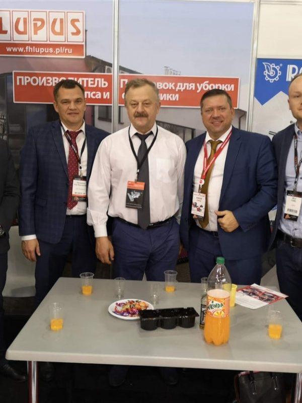 Kolejny krok w rozwoju – produkcja stołów do rzepaku i targi Agrosalon 2018 (6)