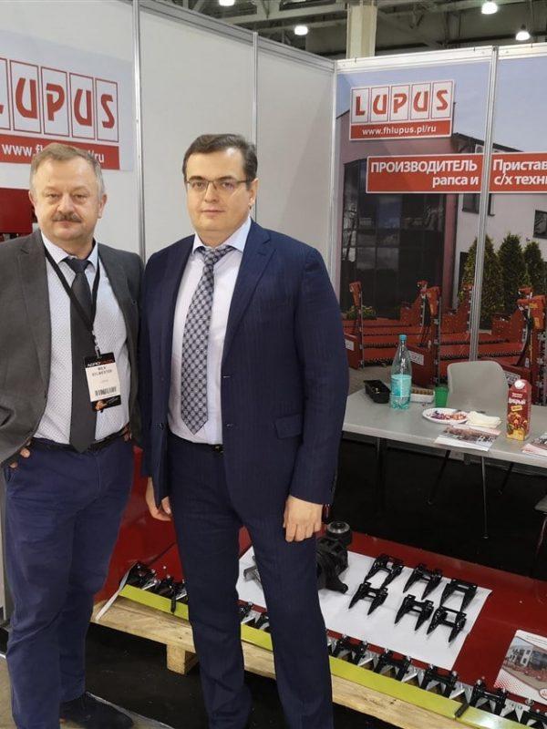 Kolejny krok w rozwoju – produkcja stołów do rzepaku i targi Agrosalon 2018 (1)